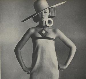 Vogue 1966_0501_214