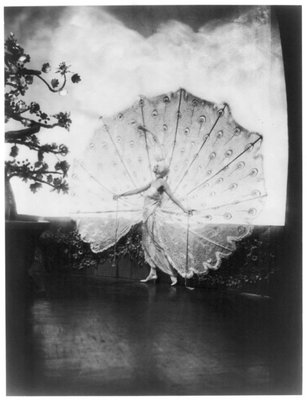 Photograph by Baron de Meyer of the model Dolores in a Ziegfeld Follies production of the Midnight Frolics, 1920, New York City. Reprinted courtesy of Condé Nast