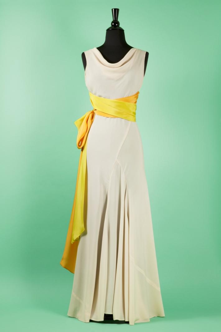 23-prom-dress-pg-138